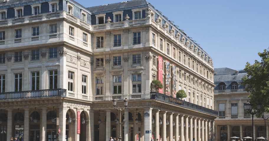 Introducing legendary theatre, the Comédie Française