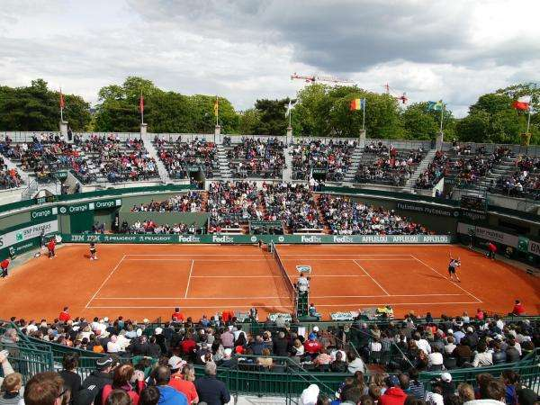 Paris sporting news, the yellow ball will soon return to Roland Garros