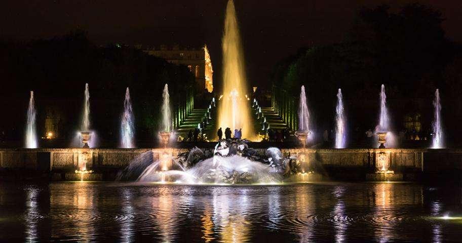 Toute la magie de Versailles : Grandes Eaux Nocturnes et Sérénade Royale
